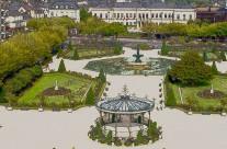Angers, le jardin du Mail devant l'Hôtel de Ville